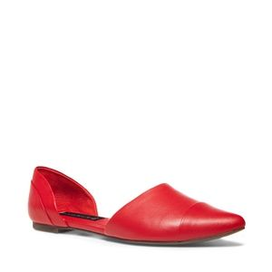 VAMPY Red Leather Pointed Flat